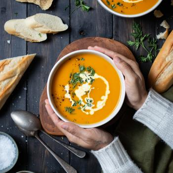 Maple roasted carrot soup