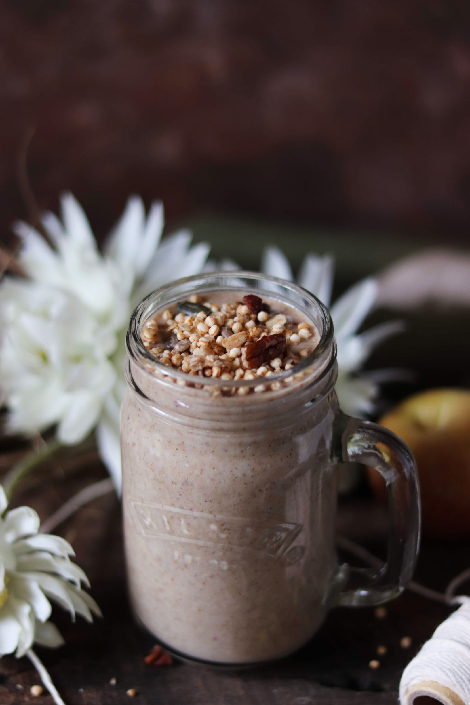Apple and cinnamon smoothie