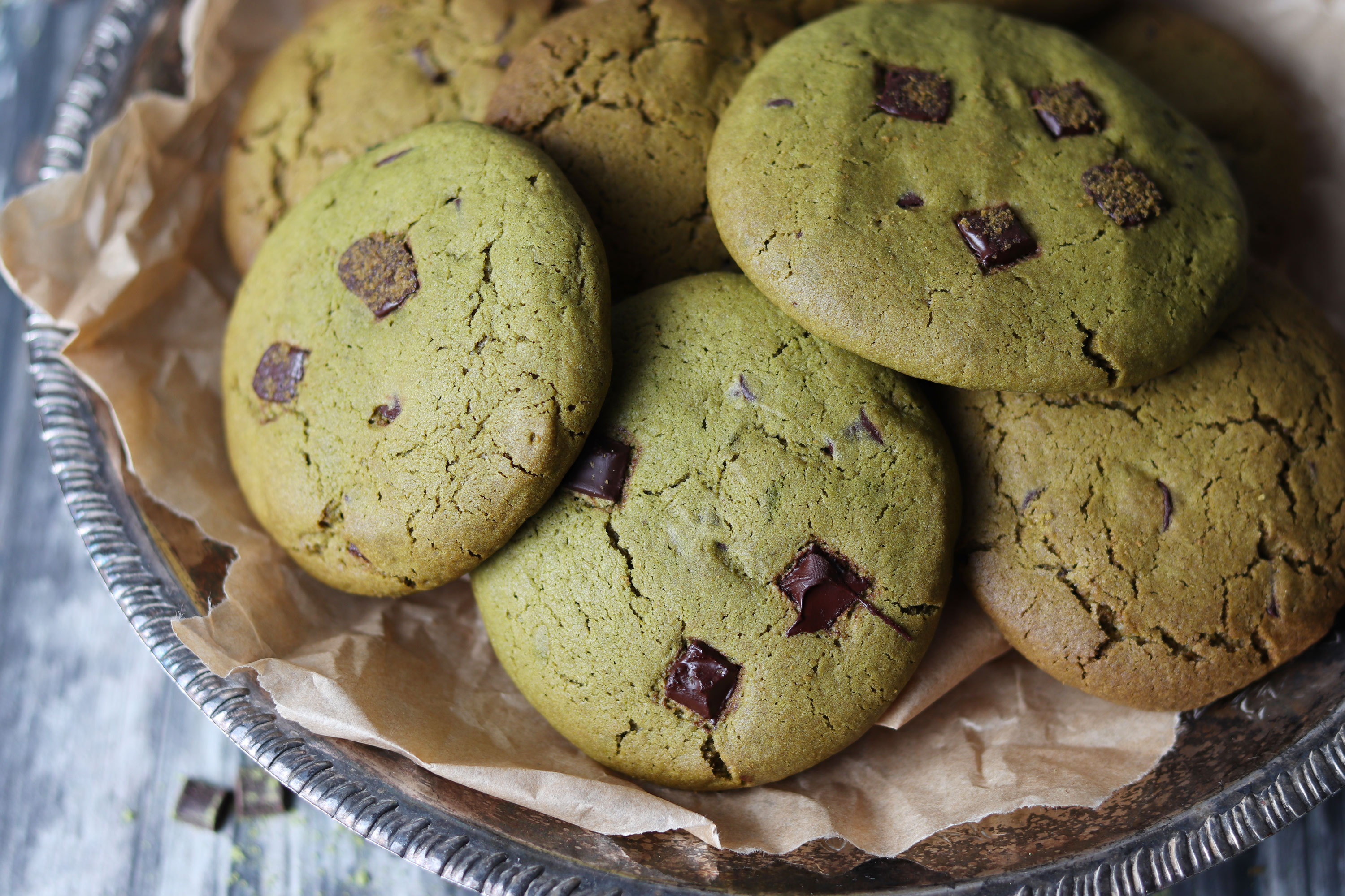 Matcha dark chocolate chip cookies