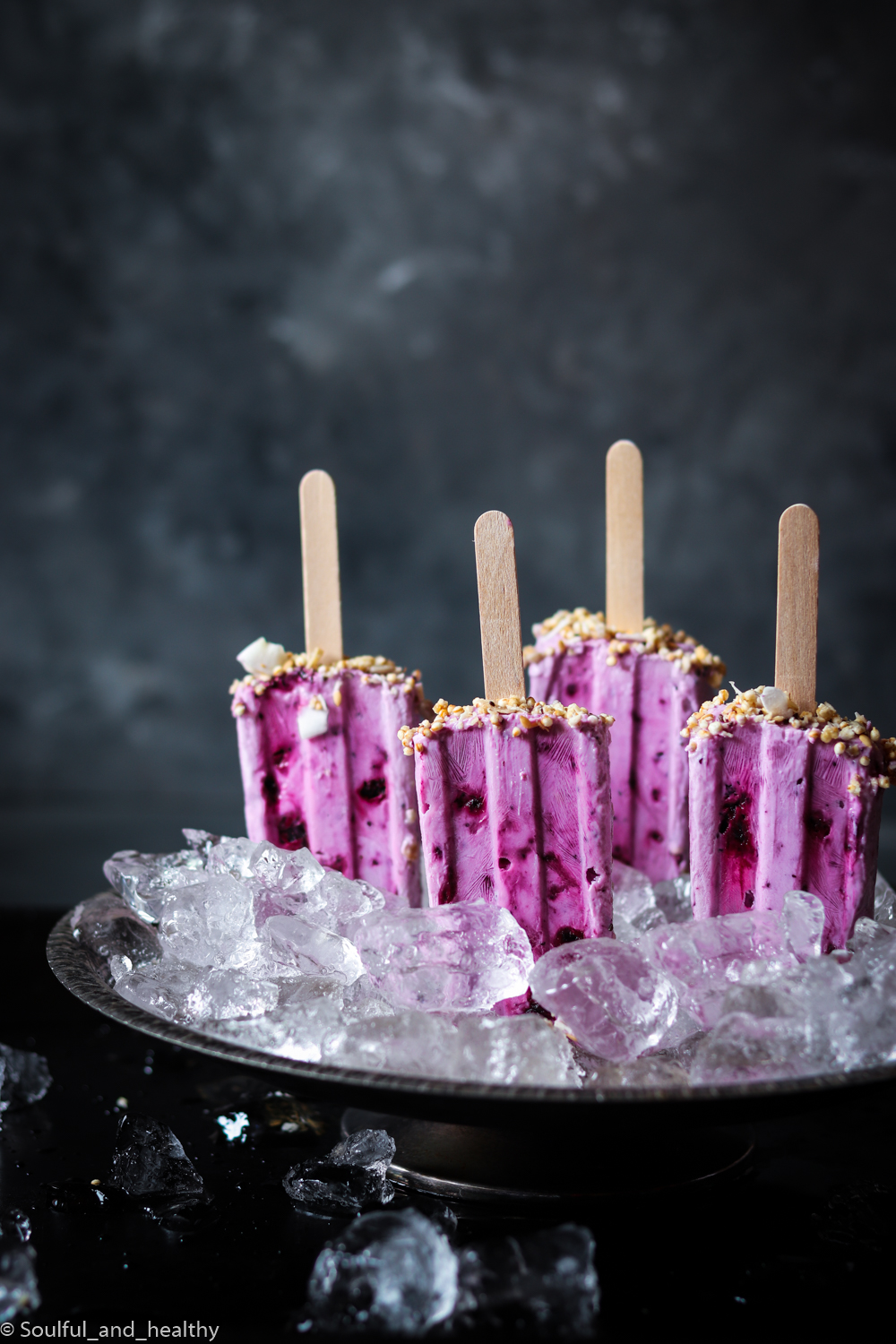 Blueberries and Greek yogurt popsicles