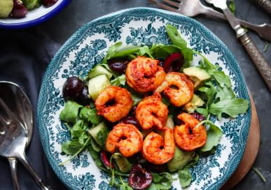 Masala King prawns Salad with cherries